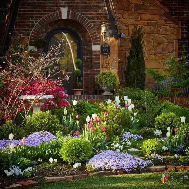 屋顶花园设计实景图_花园设计实景_别墅花园实景图片欣赏