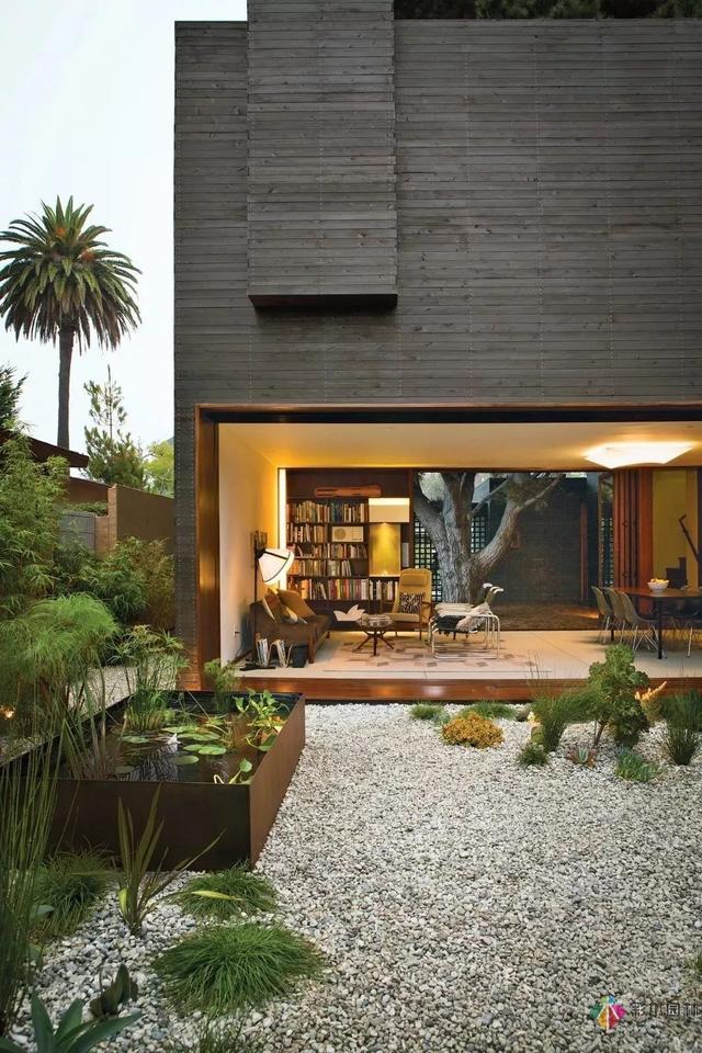 这样花园设计太赞了,难道你不想来一个?